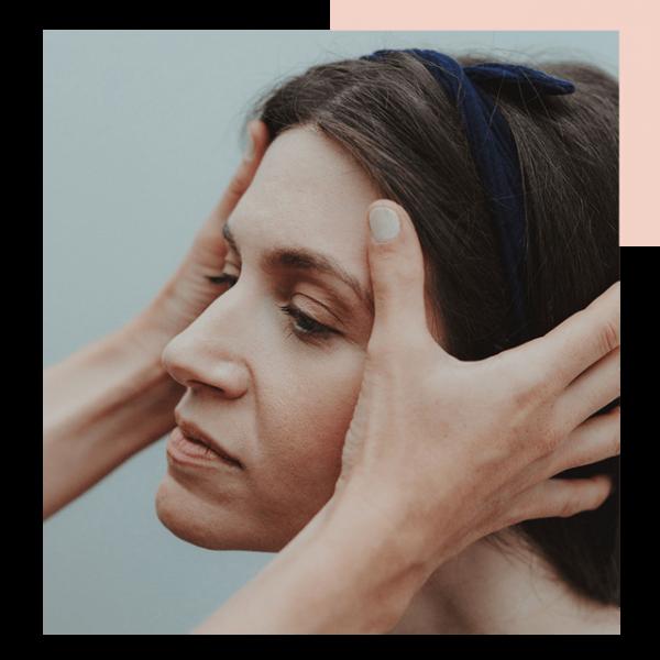 Manchas solares. Medicina estética facial y corporal. Dra. Julie Khayat. Clinica medicina estética en Granada.